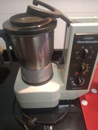 Termomix 3300, olla de cocina y freidora.