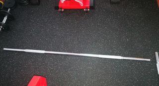 barra gimnasio musculacion fitness