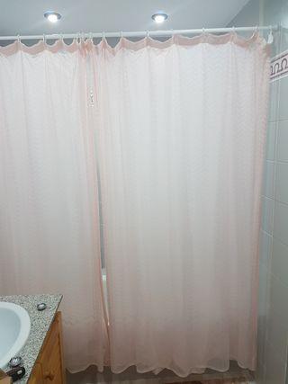 Cortina de baño dos.