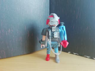 Figura Playmobil serie 14. Cyborg.
