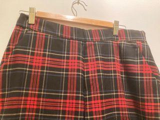 Pantalón estampado Zara