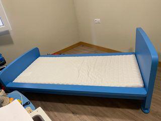 habitacion infantil en perfecto estado