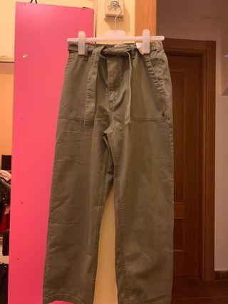 Pantalones vaqueros verdes