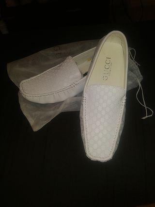 mocasines Gucci nuevos cuero blanco