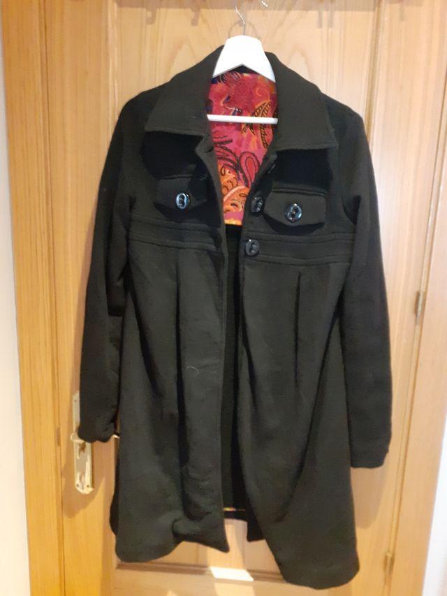 Abrigo negro Cuple mujer