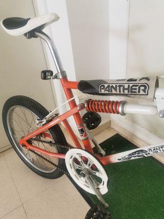 Bicicleta antigua Panther