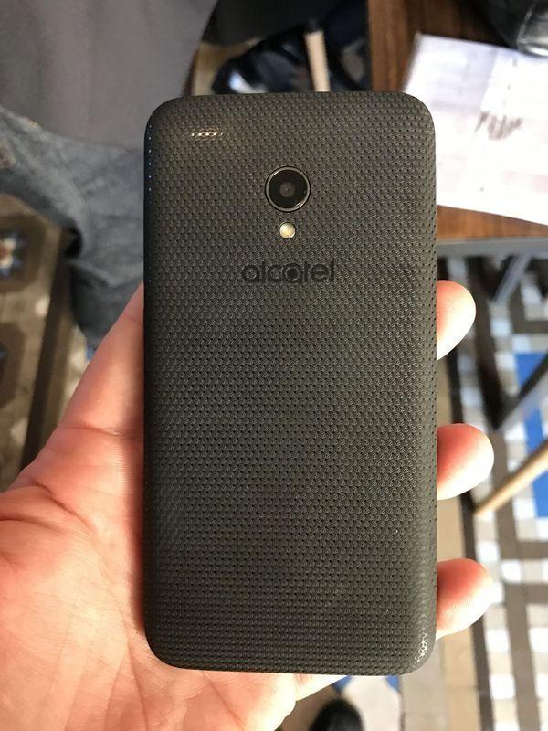 Alcatel U5 nuevo 1GB