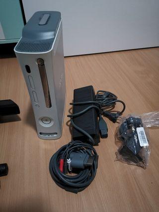 Xbox 360 + kinect + mandos + microfonos