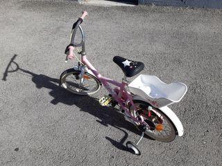 bici ruedines niña