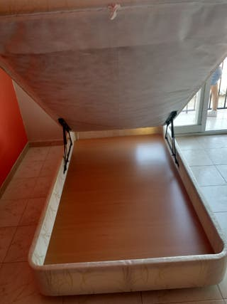 canapé 1'05 x 1'90