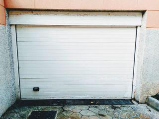 Puerta de garaje seccionable