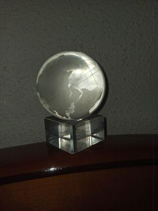 Pisapapeles Globo terráqueo cristal macizo
