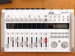 Mesa de mezclas / Grabadora ZOOM R16
