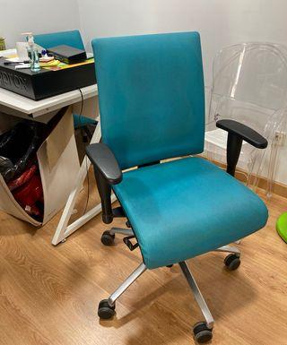 Silla de escritorio / oficina / ruedas
