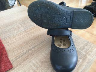 Zapatos de piel niña talla 24