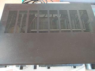 Amplificador extéreo Yamaha