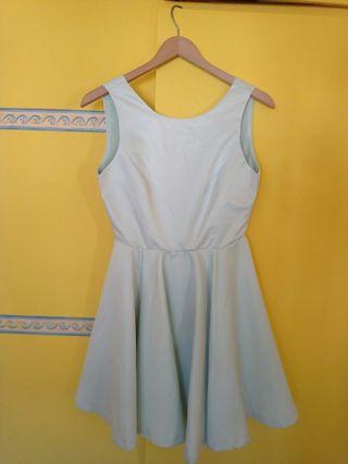 Vestido color azul pastel