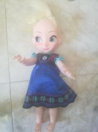 muñeca y carro