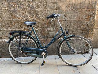 Bicicleta clásica de ciudad o de paseo
