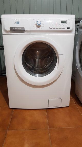 Lavasecadora ELECTROLUX 7 kilos