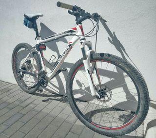 """Bicicleta de montaña de aluminio con ruedas de 26"""""""