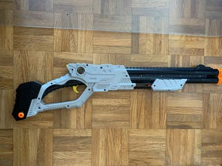 Pistola de dardos de goma