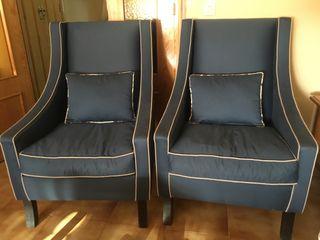 Butacas de tela azul marino 75 € cada una