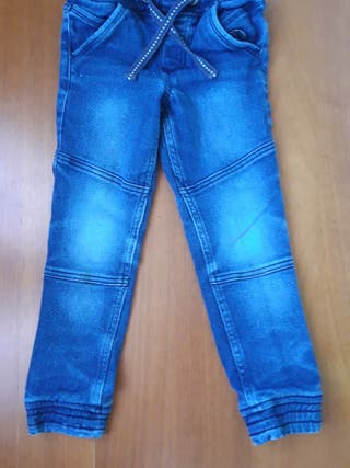 Pantalon vaquero niño talla 116
