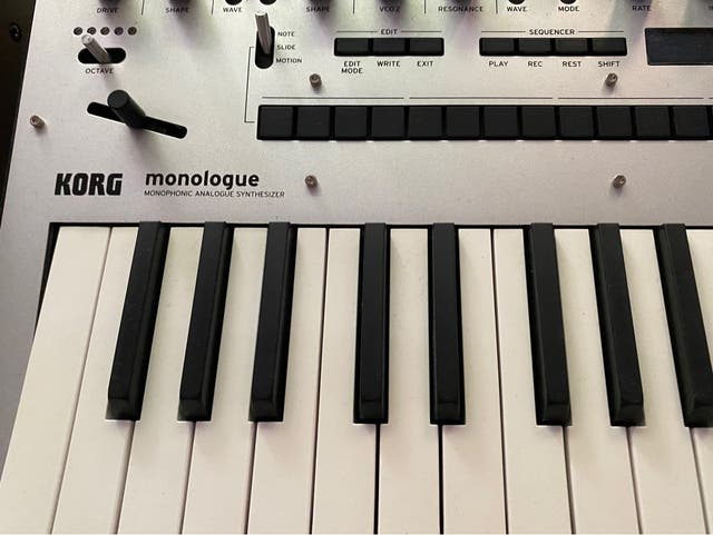 Sintetizador Korg Monologue.