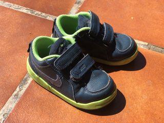 Nike talla 23