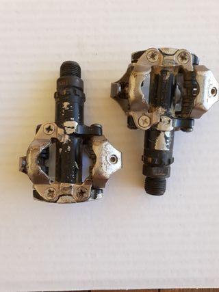 Pedales automaticos SHIMANO PD-M520 con calas