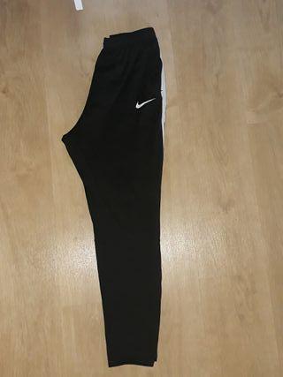 Chandal Nike (niño y adulto)