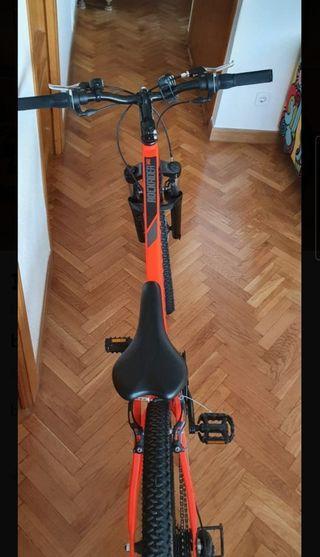 bicicleta de montaña b-twin rockrider