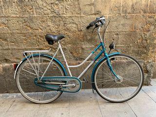 Bicicleta de ciudad o de paseo vintage
