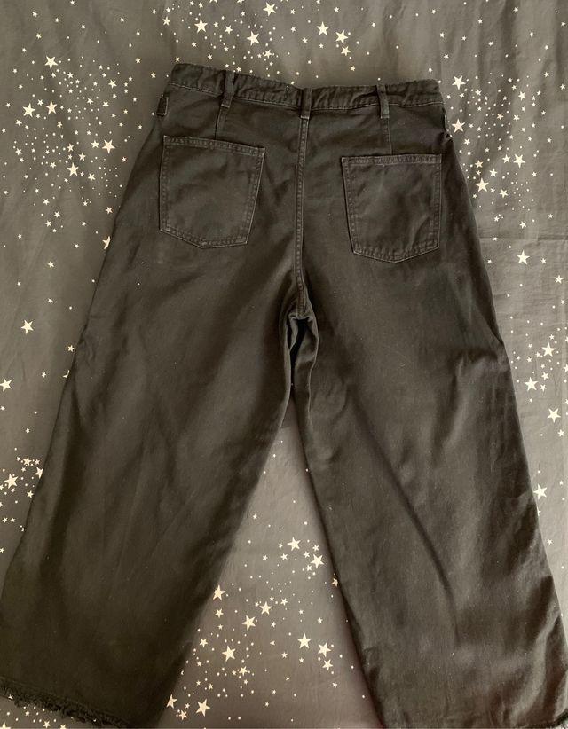 Pantalón vaquero ancho
