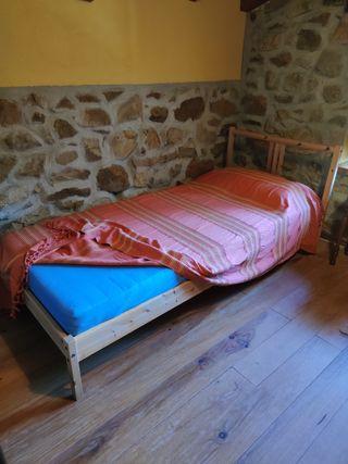 cama madera Ikea