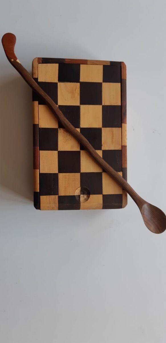 ajedrez en madera