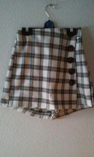 Falda pantalon de stradivarius