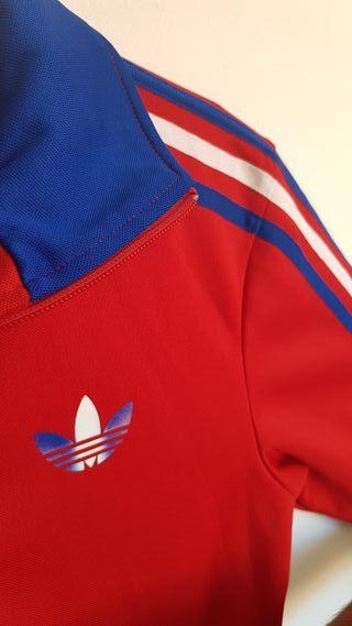 Chaqueta Adidas Vintage. Rojo Azul y Blanco.