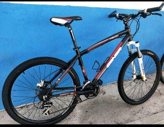 Conor 7200 - Bicicleta de montaña