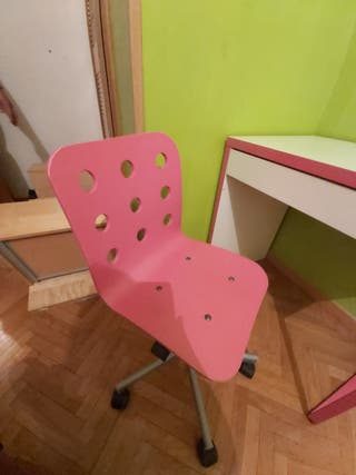Escritorio y silla de Ikea