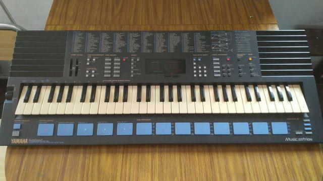 teclado YAMAHA PORTASOUND PSS-680