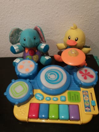 piano musical 2 muñecos música letras