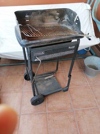 Barbacoa de carbón portátil