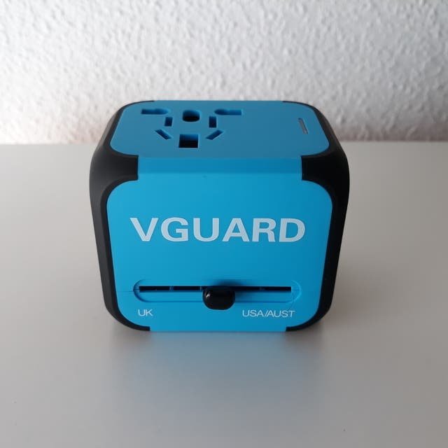 Vendo adaptadores internacionales