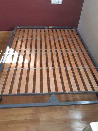 se vende somier cama 135cm