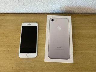 iPhone 7 plata 32GB (Reacondicionado)