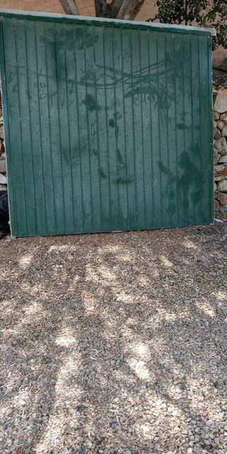 Puerta de Garaje de Madera