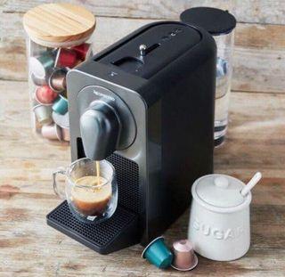 Cafetera de cápsulas Nespresso de segunda mano en la
