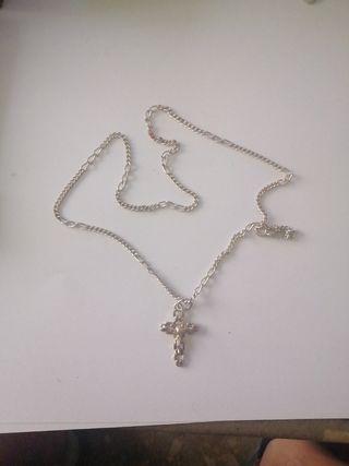 Cadena plata con cruz